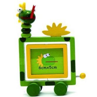 JIŽ SE NEPRODÁVÁ - Fotorámeček oboustranný - Drak zelený (Woody)