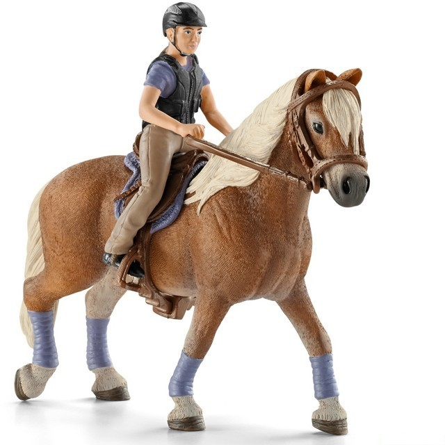 Schleich Kun S Jezdcem Rekreacni Jezdec Na Koni Schleich